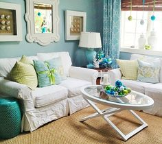 Decorating with blue and green Christmas ball ornaments in a cottage by the sea. Featured on Beach Bliss Living: http://beachblissliving.com/new-england-cottage-christmas/