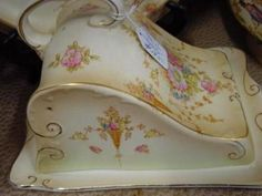 CROWN DEVON AND ROYAL DOULTON CHINA                        COL 5