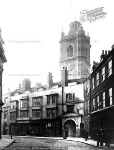 London, Fore Street And St Giles, Cripplegate c.1880. This view looks south towards St Giles Cripplegate Church. The road has now been truncated to allow for the building of the Barbican.