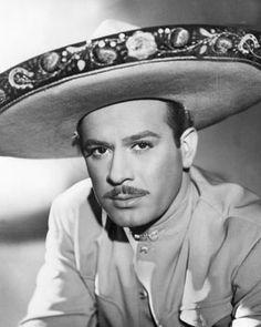 Pedro Infante 1917-1957  Máximo ídolo de México, hoy 15 de abril del 2017 te recordamos. A 60 años de haber fallecido.