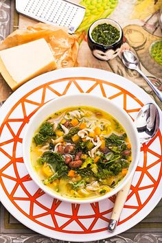 Hemsley + hemsley winter minestrone veggie recipes, soup recipes, healthy r Kale Recipes, Healthy Eating Recipes, Soup Recipes, Cooking Recipes, Hemsley And Hemsley, Soup And Salad, Soups And Stews, Food Inspiration, Clean Eating