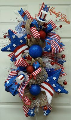 MoodyDoos on Etsy Fourth Of July Decor, 4th Of July Decorations, 4th Of July Wreath, July 4th, Patriotic Wreath, Patriotic Crafts, July Crafts, Deco Mesh Wreaths, Holiday Wreaths