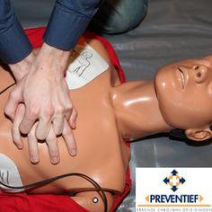 Tijdens de opleiding Eerste Hulpverlening (vroegere EHBO diploma) volgens de richtlijnen van het Oranje Kruis worden technieken geleerd die voor elke eerste hulpverlener en – vooral- slachtoffer van vitaal belang zijn. De opleiding is inclusief het onderdeel reanimatie en het bedienen van de AED. De EHBO-er leert de ontstane situatie te analyseren en weet daar adequaat op in te spelen.