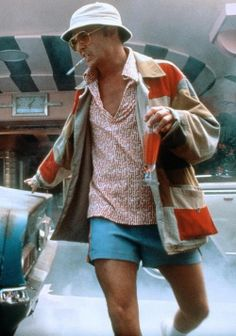 Johnny Depp as Raoul Duke in Fear and Lothing in Las Vegas by gonzo journalist - Hunter S. Thompson