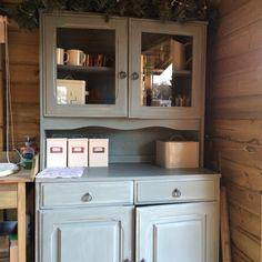 Dresser in Annie Sloan duck egg blue chalk paint.
