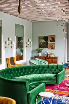 So much color! Vintage + bold colors makes one awesome space, like this…
