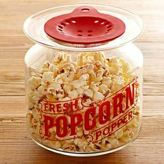 Glass popcorn popper for use in the microwave. Healthy fast alternative to the microwavable popcorn bags