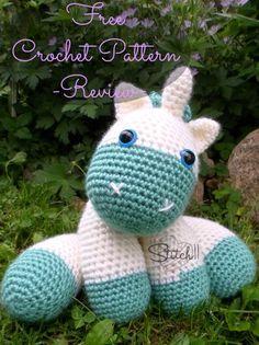 Baby Unicorn - Free #Crochet Pattern - Review on Stitch11.com