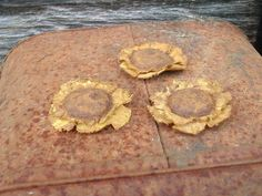 Primitive Sunflower Bowl Fillers, Ornaments Or Craft Project Supply - Three Large Size Primitive Crafts, Country Primitive, Fabric Flowers, Paper Flowers, Sewing Projects, Craft Projects, Craft Ideas, Bowl Fillers, Country Decor