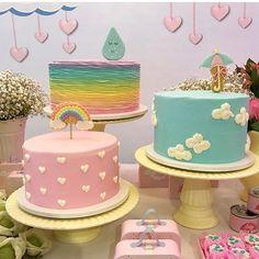 Bolinhos lindos para o tema Chuva de Bençãos! Amei ! Por @joliepatisserienatal . #festachuvadeamor #festachuvadebencaos #festainfantil #fiesta #fiestas #fiestasinfantiles #kidsdecor #kidsparty #instakids #cakedesigner #babyshower #encantosdefestas Birthday Cakes For Women, Birthday Cake Girls, Baby Birthday, Rainbow First Birthday, Unicorn Birthday Parties, Cloud Cake, Cake Videos, Cute Cakes, Baby Shower Cakes
