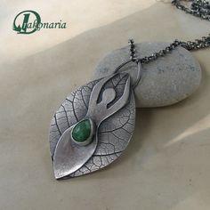 http://drakonaria.deviantart.com/art/Goddess-132215181?q=gallery%3Adrakonaria%2F4718903=86