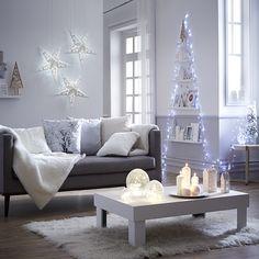 Idées déco noel 2014  http://www.zodio.fr/idees-deco/noel-cristal-24/piece/le-salon.html
