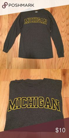 Michigan Long Sleeve Tshirt Gildan unisex long sleeve t-shirt, Michigan graphic across chest, size Med, gently used Gildan Tops Tees - Long Sleeve