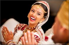 Gujarati Bride Caricature Gifts, Wedding Caricature, Gujarati Wedding, Facebook Profile Picture, Wedding Album, Marriage, Wedding Ideas, Bride, Creative