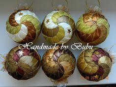 Točené guľky z hnedo-zlatej vianočnej kolekcie  :)