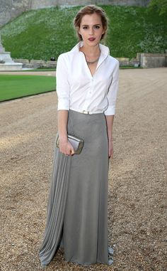 Emma Watson looks like fashion royalty in this stunning look! Love the simple yet stylish skirt