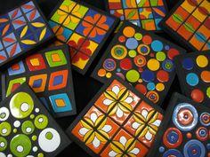 posa pavas o posa fuentes, mosaicos con pequeñas piezas hechas una a una