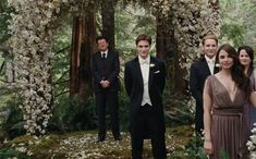 Edward Cullen looks so handsome at the wedding