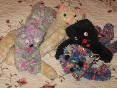 Easy to Make Yarn Kittens - Pattern and Instructions