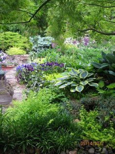 Sally Barker's garden from Fine Gardening...Beautiful!