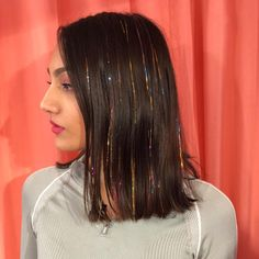 Shine bright with hair tinsel this season. You can wash and style your hair as normal, they can last Trendy Hairstyles, Girl Hairstyles, Hair Tinsel, Fairy Hair, Brunette Hair, Blonde Hair, Big Hair, Hair Looks, Hair Extensions