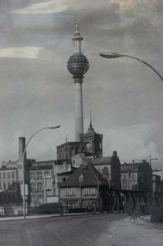 History, School, Pictures, Inspiration, Berlin Wall, Historical Pictures, 40 Years, Photos, Historia