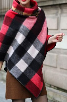 Style inspiration AW15 Knitted Cape, Ladies Poncho, Jumpers For Women, Winter Wardrobe, Plaid Scarf, Shawl, Winter Outfits, Cool Style, Pullover
