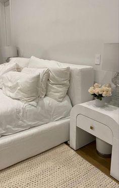Home Room Design, Dream Home Design, Room Ideas Bedroom, Home Decor Bedroom, Aesthetic Room Decor, Dream Rooms, My New Room, Home Interior, Room Inspiration