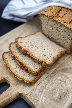 Prosty i szybki chleb bezglutenowy - Kuchnia bez glutenu Banana Bread, Food, Kitchen, Breads, Glutenfree, Cooking, Essen, Kitchens, Meals