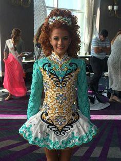 Rising star design oooooh I likey … Irish Step Dancing, Irish Dance, Celtic Dance, Dance Dreams, Just Dance, Dance Moms, Dance Fashion, Dance Costumes, Irish Costumes