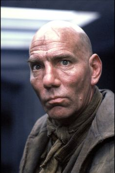 Pete Postlethwaite, quite possibly one if the most interesting faces and voices to be a character actor ever. Pete Postlethwaite, Divas, Last Action Hero, Film Science Fiction, Alien Resurrection, Charles Dance, Predator Alien, Aliens Movie, Actor Studio