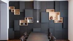 Moderne design kastenwand ontworpen door een interieurarchitect als functionele aanvulling op het interieur #wonen #interieur #kastenwand