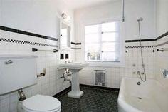traditional bathroom White  w/Black Bath