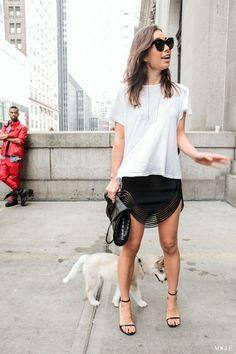 【街拍趨勢報告】夏季定番白色T恤++40款時尚穿搭靈感