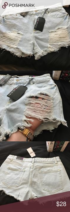 HIGH WAISTED FASHION NOVA JEAN SHORTS Singapore Distressed Light Wash Denim Shorts. Super cute for the summer!!! Fashion Nova Shorts Jean Shorts