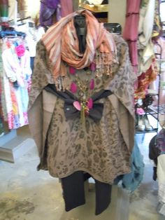 Fall is HERE Ladies!! Leopard Poncho with fun accessories