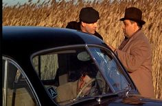 """""""Leave the gun. Take the cannoli."""" Peter Clemenza (Richard Castellano) directs Rocco Lampone (Tom Rosqui) in """"The Godfather"""" The Godfather Saga, Godfather Part 1, Godfather Quotes, Godfather Movie, Corleone Family, Don Corleone, Best Movies List, Good Movies, Jen Movies"""