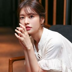 Young Actresses, Korean Actresses, Korean Beauty, Asian Beauty, Korean Drama Tv, Jung So Min, Suzy, Kdrama, Hair Beauty