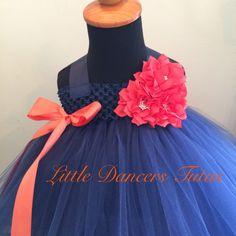 Marine et Orange fille de fleur, mariage Hightop Puff doublé robe Tutu par LDTutus sur Etsy https://www.etsy.com/fr/listing/228042861/marine-et-orange-fille-de-fleur-mariage