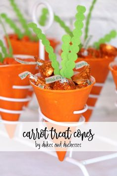 Use paper snow cone cups to make simple carrot treat cones to fill with candy or savory snacks for a fun Easter treat! Easter Dinner, Easter Brunch, Easter Party, Snow Cones, Easter Colors, Easter Eggs, Easter Food, Easter Hunt, Easter Decor