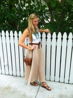 http://livingincolorprint.com/maxi-skirt-by-day/
