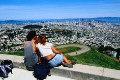 25 free things to do in San Francisco - Lonely Planet Oh The Places You'll Go, Places To Travel, Places To Visit, San Francisco Travel, San Francisco Twin Peaks, Vegas, San Fransisco, Roadtrip, California Travel