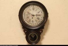 Ingraham Standard Antique 1880 Calendar Wall Clock
