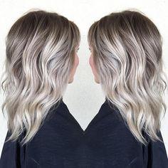 ❄️winter blonde • by habit stylist @beckym_hair