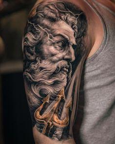 What does poseidon tattoo mean? We have poseidon tattoo ideas, designs, symbolism and we explain the meaning behind the tattoo. Posseidon Tattoo, Zues Tattoo, Tattoos 3d, Medusa Tattoo, Best Sleeve Tattoos, Trendy Tattoos, Body Art Tattoos, Tattoo Blog, Sleeve Tattoo For Guys