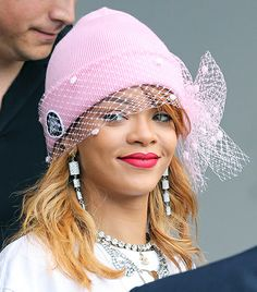 @Who What Wear - Rihanna                 We know it's a touch avant-garde, but how could you resist trying out a veiled beanie this fall after seeing Rihanna don her Silver Spoon Attire Mesh Bow Beanie ($128)?
