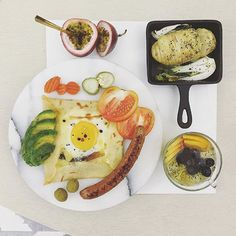 . good morning Wednesday :-D))) . #goodmorning #morning #breakfast #yummy #goodfood #instafood #onthetable  #homemade #foodie #foodstagram #igfood #foodphotography #foodphoto #yum #2eat2gether #MyChefsTable #S_S_iloveBreakfast #朝食 #早餐 #goodmorning #早安 #おはようございます #cooking #crêpes #crepes #baking #法式薄餅 #可麗餅 #クレープ