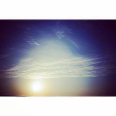【m__coo999】さんのInstagramをピンしています。 《2015.3/15 #新潟#海#ocean#夕方#夕日#夕陽#夕景#不思議#不思議な夕陽#雲#黄昏時#太陽#sun #懐かしい#カメラ#camera#写真#photo#趣味#幸せ#happy#素敵#綺麗#イメージ#写真好きな人と繋がりたい#カメラ好きな人と繋がりたい#写真撮ってる人と繋がりたい#綺麗な写真#素敵な写真#followme》