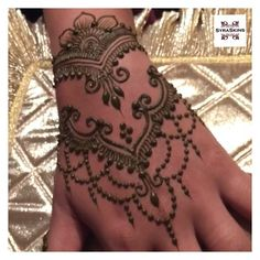 BRIDAL HENNA ---------- Upcoming Courses 30 Jan - Henna MIXING & BASIC…