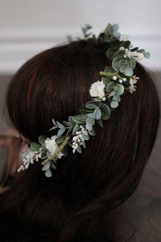 Simple Flower Crown, Fall Flower Crown, Flower Crown Bride, Floral Crown Wedding, Bride Flowers, Simple Flowers, Bridal Crown, Bridesmaid Flowers, Bridal Hair